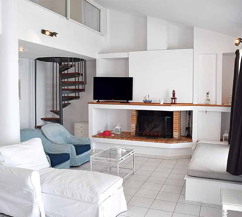 Meli Holiday loft apartment living room Kiveri Nafplio