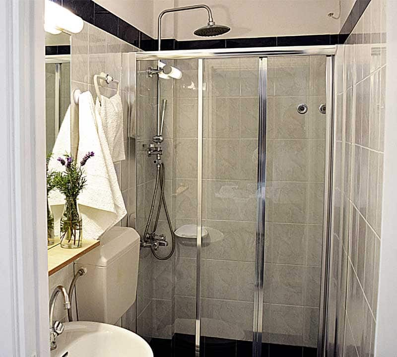BATHROOM WITH SHOWER - MELI HOLIDAY ACCOMMODATION