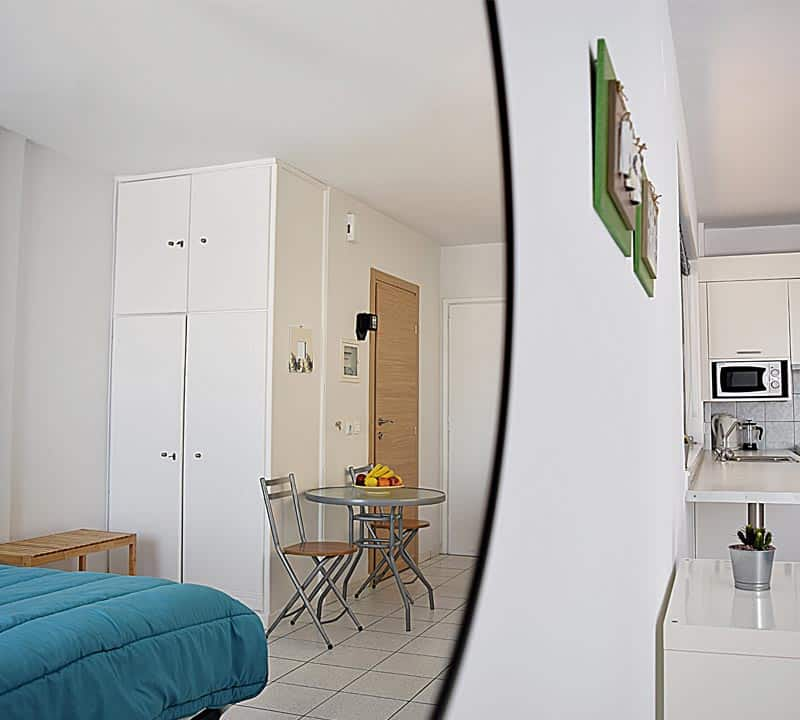 Waterfront holiday studio- Meli holiday accommodation-Nafplio-Kiveri-Greece