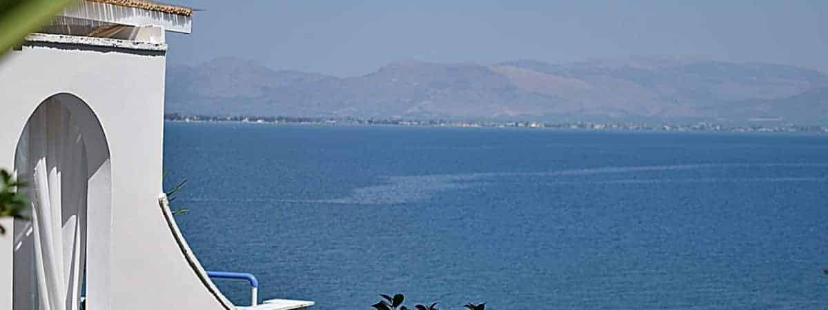Nafplio Hotel - Meli Apartments & Villas - Beachfront accommodation. Unique seaside accommodation in Kiveri village close to Nafplio.
